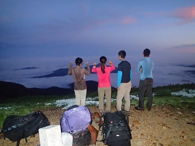 間山山頂にて