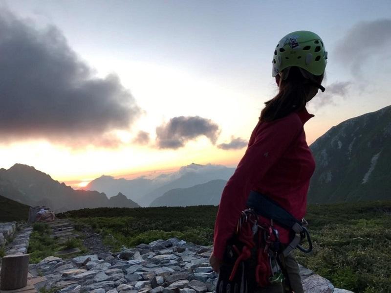 剱山荘からの朝日